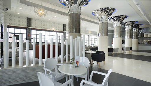 Ресторан и бар