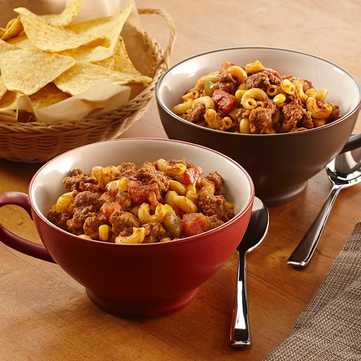 Slow Cookers Chili Beef 'N Pasta Recipe