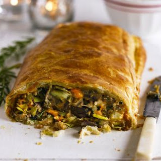 Chestnut, Spinach & Blue Cheese En Croûte