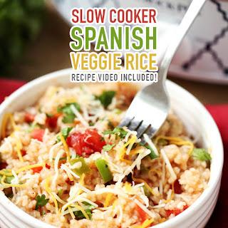 Slow Cooker Spanish Veggie Rice /// Recipe Video Included!.
