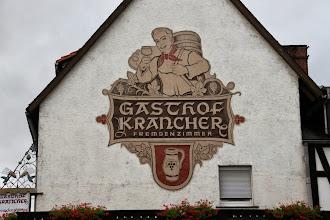 Photo: Målet for turen ned gennem vinmarken: frokosten på Gasthof Krancher