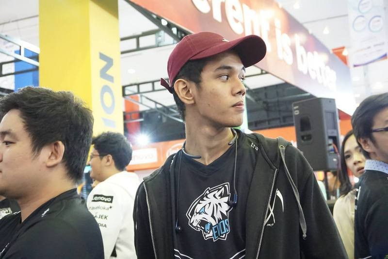 Mengenang Perjalanan Oura di Scene Mobile Legends Indonesia