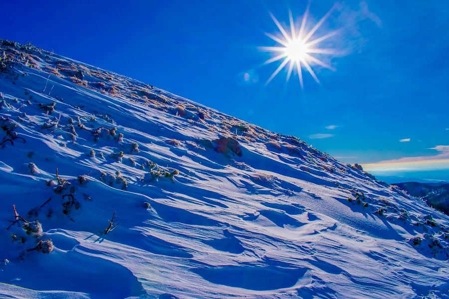 Winter sun by Matija Šimunić - Landscapes Mountains & Hills ( sky, winter, cold, snow, sun )