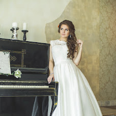 Wedding photographer Sergey Khramov (YanishRadenski). Photo of 21.12.2015