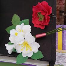 Photo: Цветочные броши и кольца из фоамирана на стенде Сангина.ру