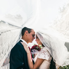 Wedding photographer Sergey Mitin (Mitin32). Photo of 14.09.2018