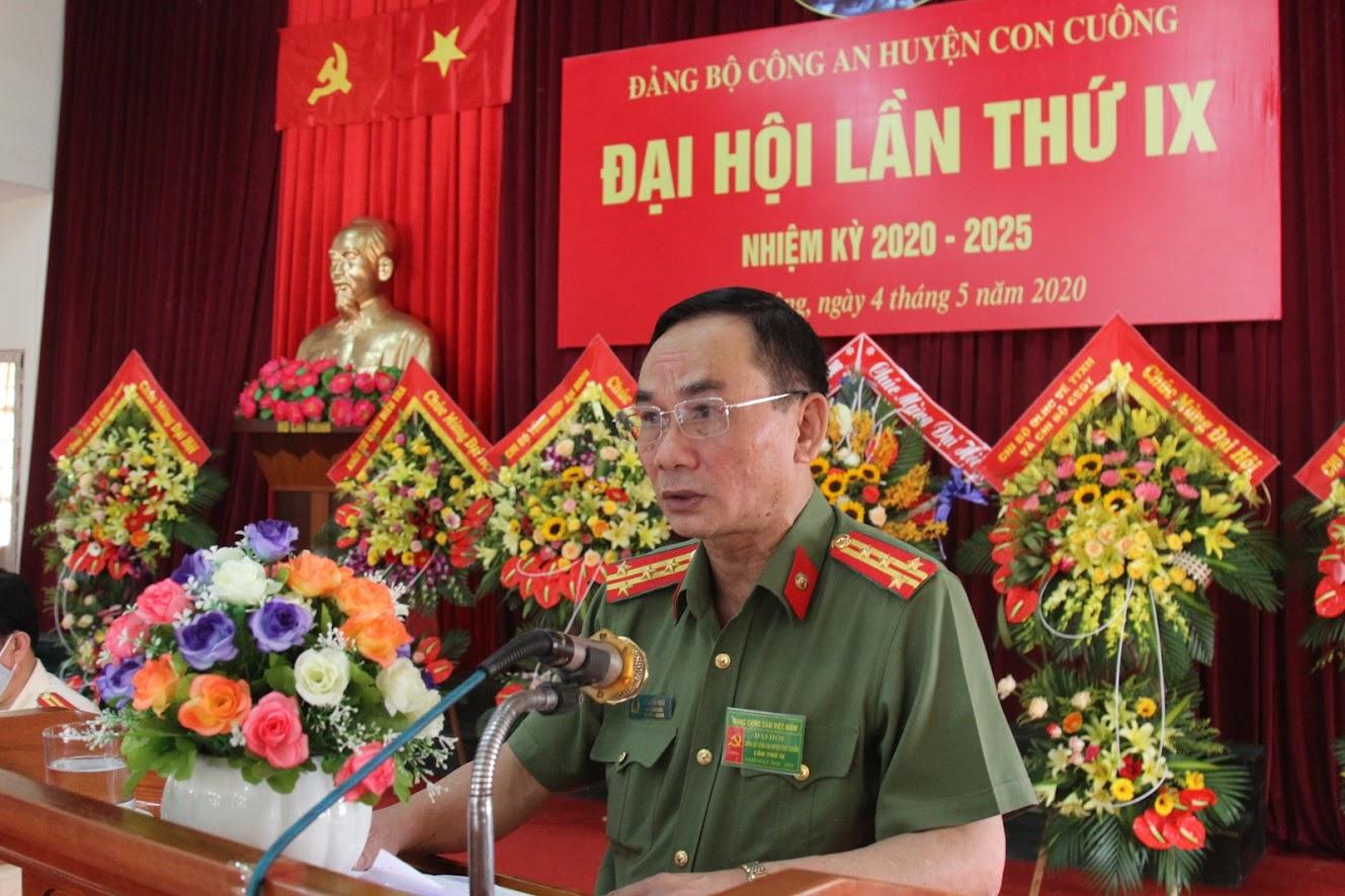 Đại tá Lê Xuân Hoài - Phó Giám đốc Công an Nghệ An phát biểu chỉ đạo Đại hội