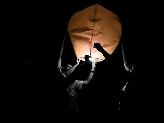 Il volo della lanterna  di chiara_bosisio