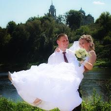 Wedding photographer Viktor Kalabukhov (victor462). Photo of 07.09.2013