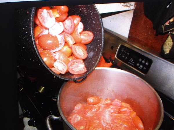 Put tomatoes, onions, celery, parsley, lemon juice , carrot and green pepper into a...