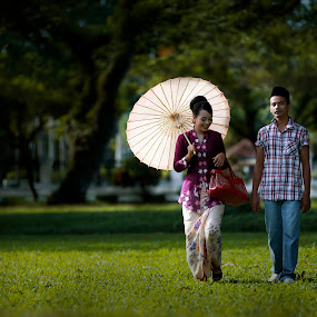 Malay Retro 1 by Premtawi Thinkfoto - People Couples ( fashion, nature, couple, landscape, people )