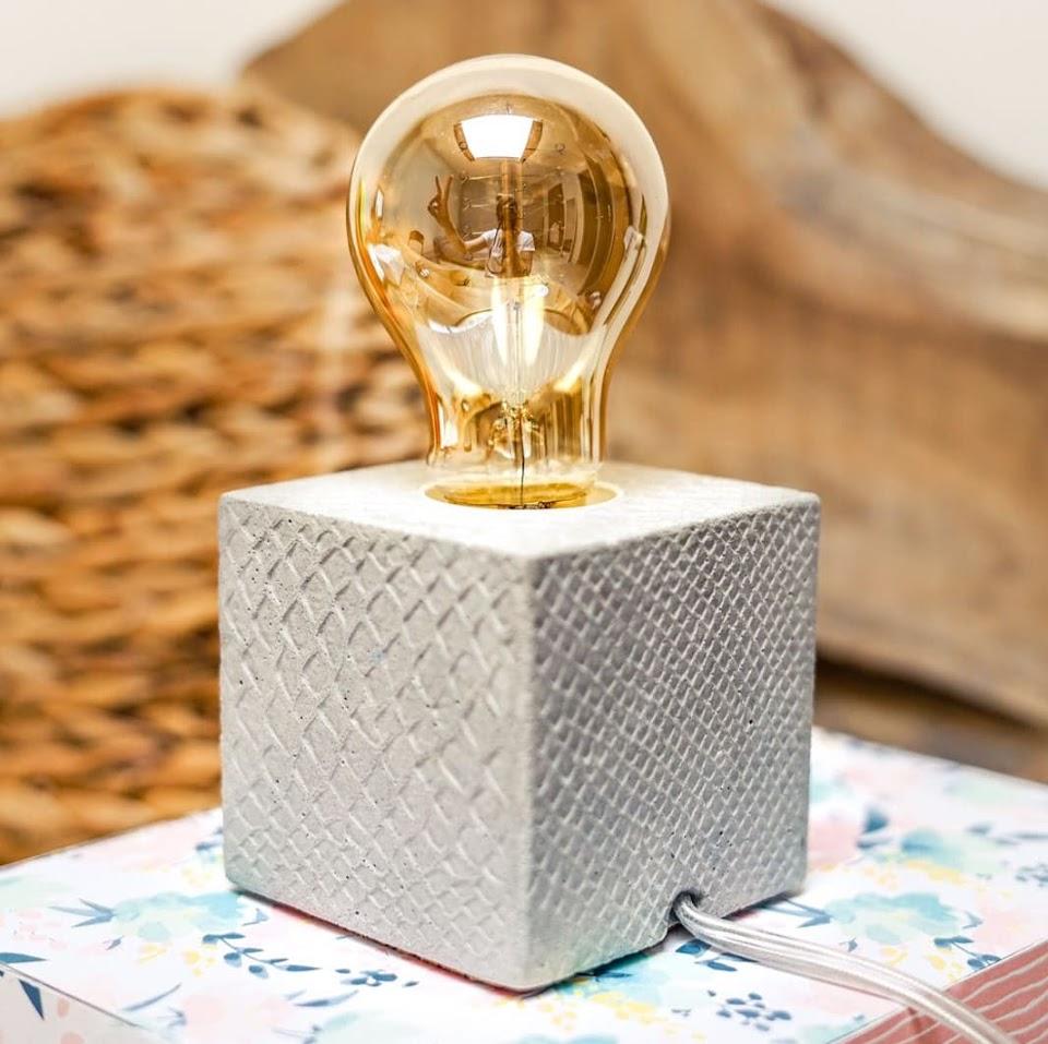 Lampe cube croco