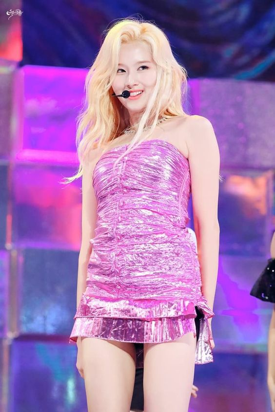 pink sana 31
