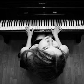 The Pianist by Ammar Alkhatib - People Portraits of Women ( music, face, piano, girl, black and white, woman, people, women, photography, portrait, eyes )