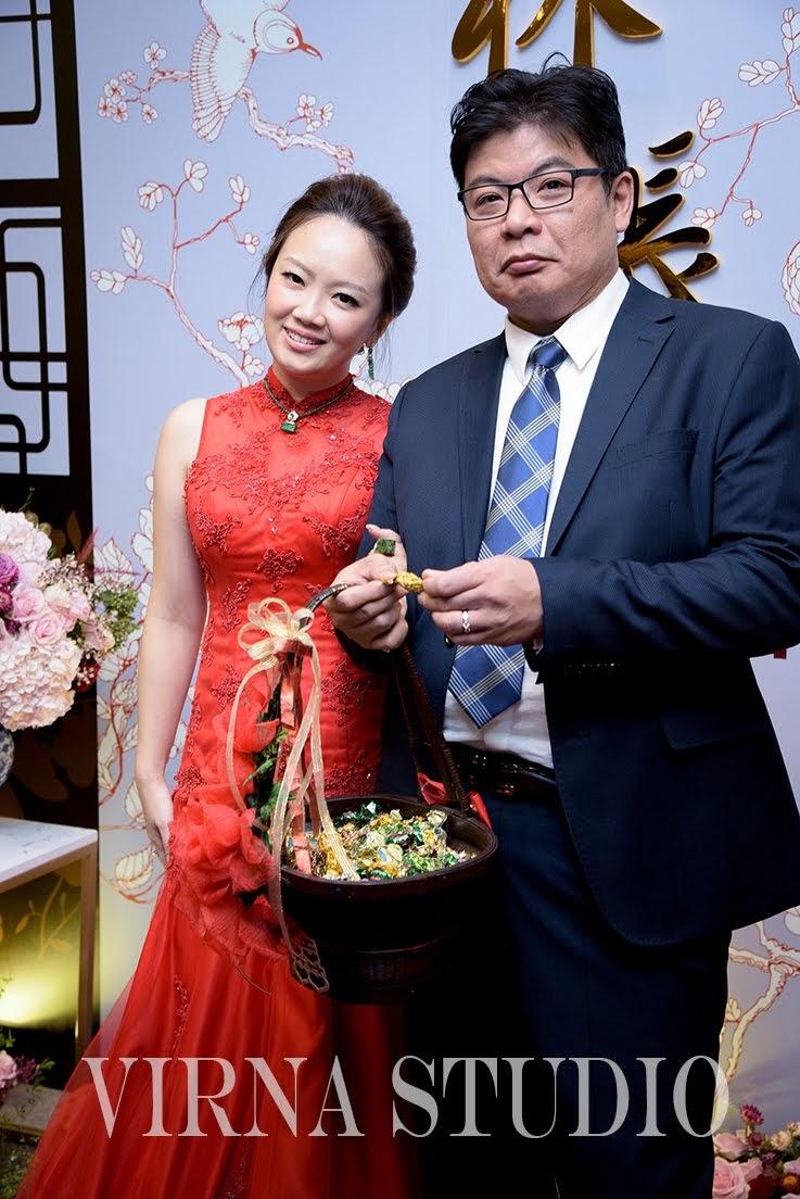 bride,新娘,台北新娘秘書,台北新秘,氣質盤髮,紅色魚尾禮服,新秘推薦