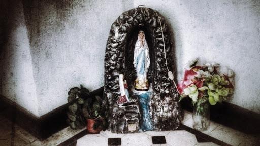 Animita de la virgen del Portal Fernandez Concha