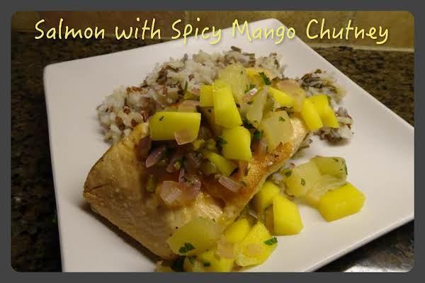 Salmon With Spicy Mango Chutney Recipe
