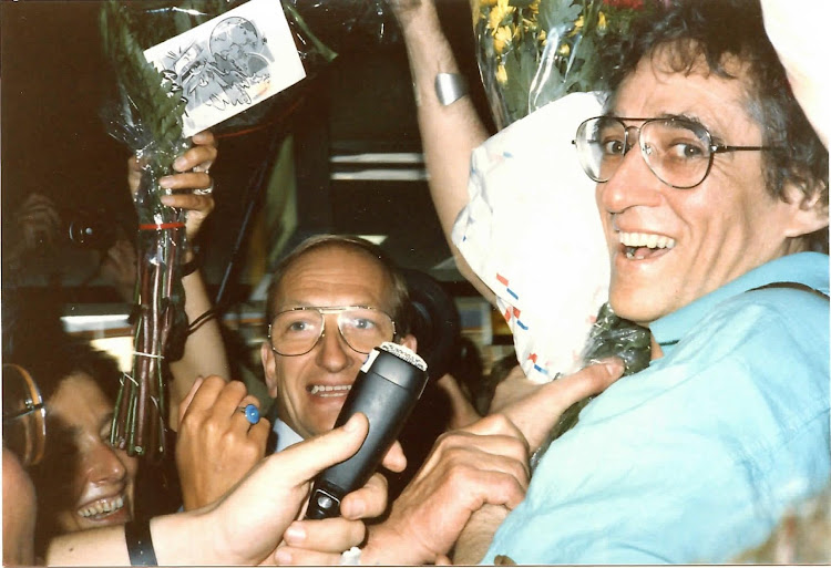 Klaas de Jonge arrives at at Amsterdam's Schiphol Airport in September 1987.