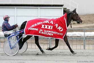 Photo: Lämminveristen Veeruska-ajon voittaja vuosimallia 2009: Eko Barrichello/Heikki Räisänen