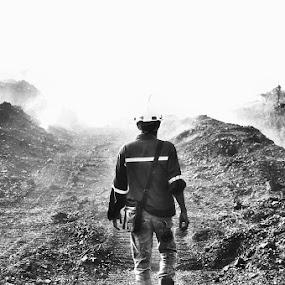 Into the Heavy Smoke by Nelwan Handoko Hasan - People Portraits of Men ( bw, smoke, fire )