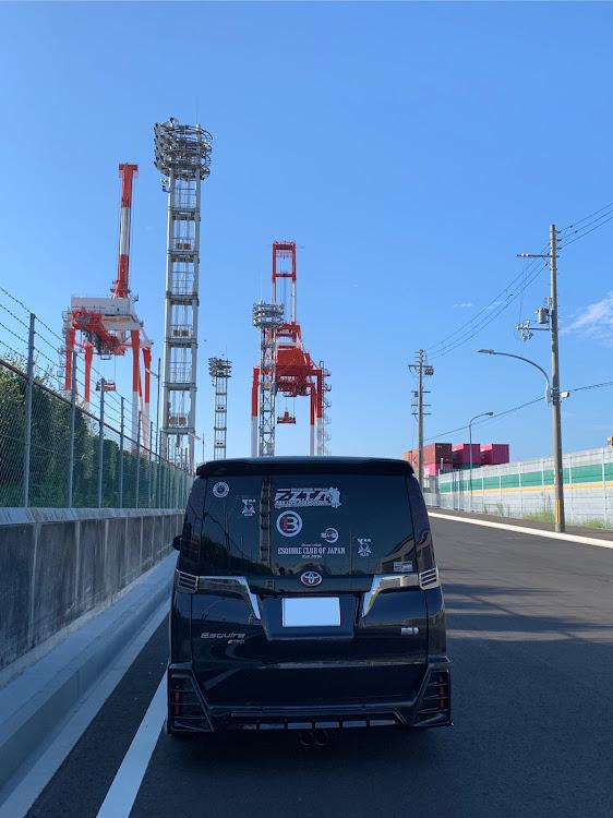 エスクァイア ZWR80GのE.C.O.J,福岡,神戸ポートタワー,暇人会in神戸に関するカスタム&メンテナンスの投稿画像3枚目