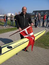"""Photo: 2007 Søren Hansson døber en firer ved hans faders navn """"Hans Hansson"""""""
