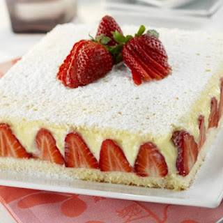 Gourmet Strawberry Cake