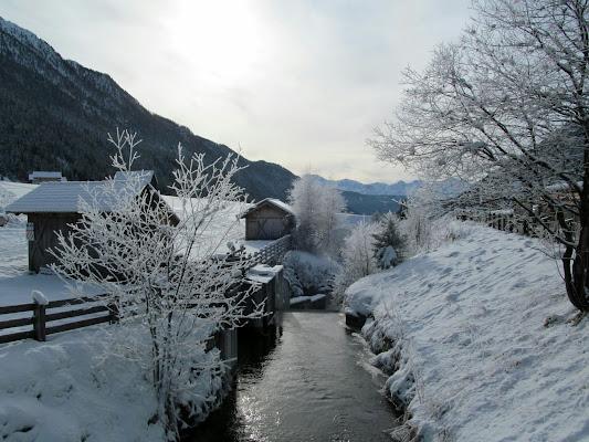 La quiete del torrente che scende verso valle di Giorgio Lucca