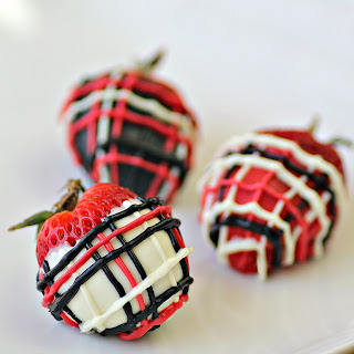 Cookies & Cream Stuffed Strawberries. Covered in Plaid. Eat Your Heart Out, Ralph Lauren.
