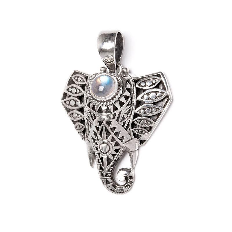 Regnbågsmånsten, elefanthänge i silver
