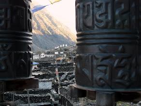 Photo: Blick vom Kloster über Marpha