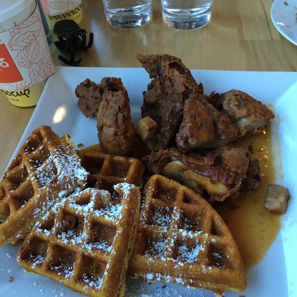 Gluten free chicken & waffles! Outstanding!