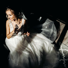 Wedding photographer Dmitriy Shlyazhko (DiBlack). Photo of 12.10.2018