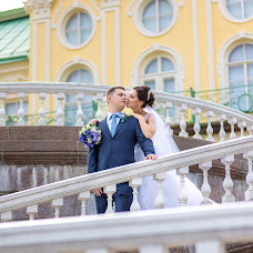 Wedding photographer Yuriy Kuzakov (Omchak80). Photo of 06.12.2014