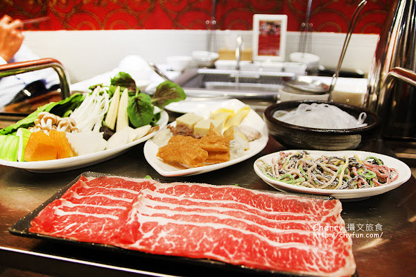 高雄海東洋麻辣火鍋,食材用心天然原味好養生