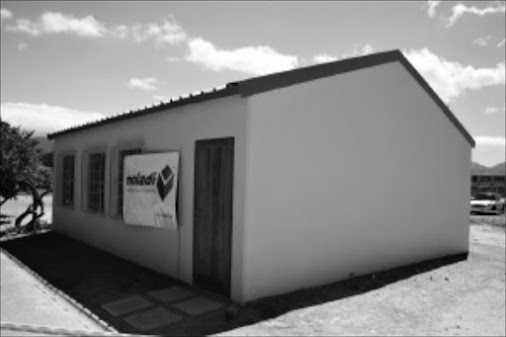 Cheaper plan to beat classrooms shortage Eradicate mud classrooms and Prefab classrooms #moladi #classrooms...