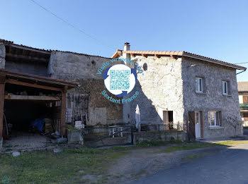 maison à Courpière (63)