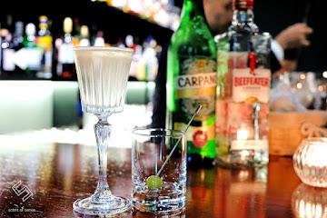 Bar Turning Point