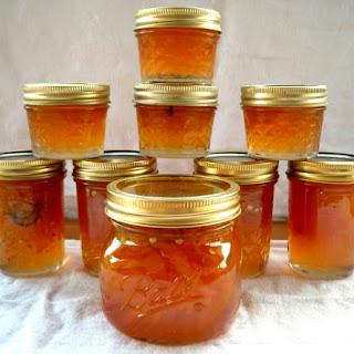 Peach and Jalapeño Pepper Jam