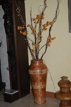 Photo: atoba en eiken Hoog 54 cm Breed 23 737 Stukjes hout Inwendig glas