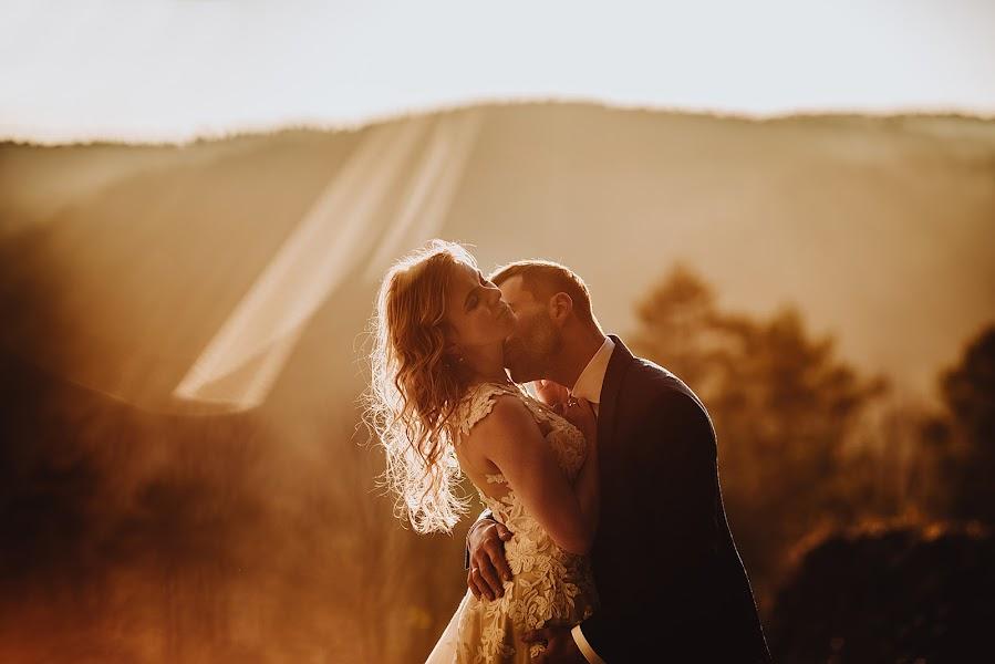 Wedding photographer Agnieszka Gofron (agnieszkagofron). Photo of 11.12.2018