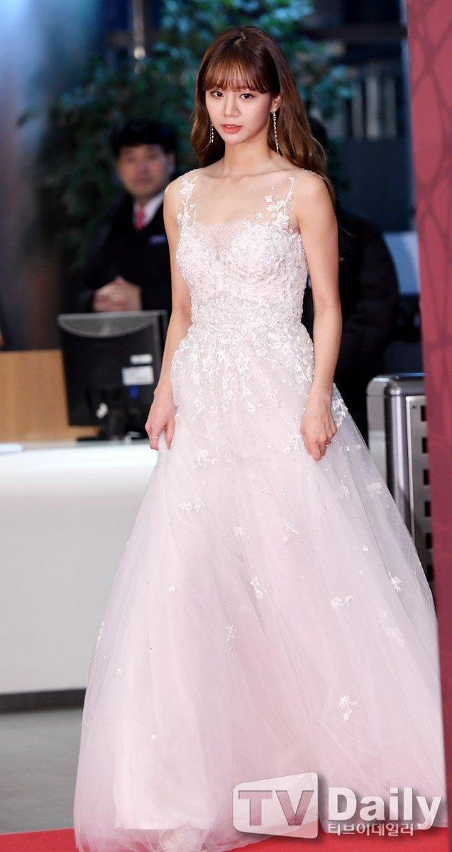 hyeri gown 44