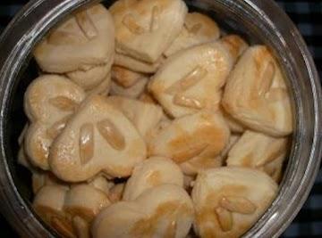 Heart Shaped Almond Cookies ! Recipe
