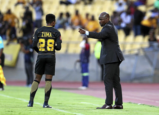 Coach Steve Komphela gives instructions to Dumisani Zuma. Chiefs boss, Bobby Motaung   says the coach is bringing together the team culture and Chiefs philosophy. / Muzi Ntombela/BackpagePix