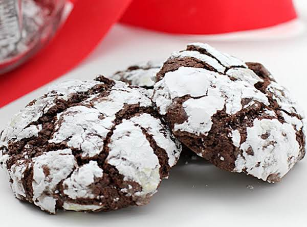 Mint Chocolate Crinkle Cookies Recipe