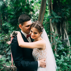 Wedding photographer Maksim Lisovoy (Lisovoi). Photo of 10.02.2018