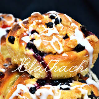Summer Currant Buns with White Chocolate.