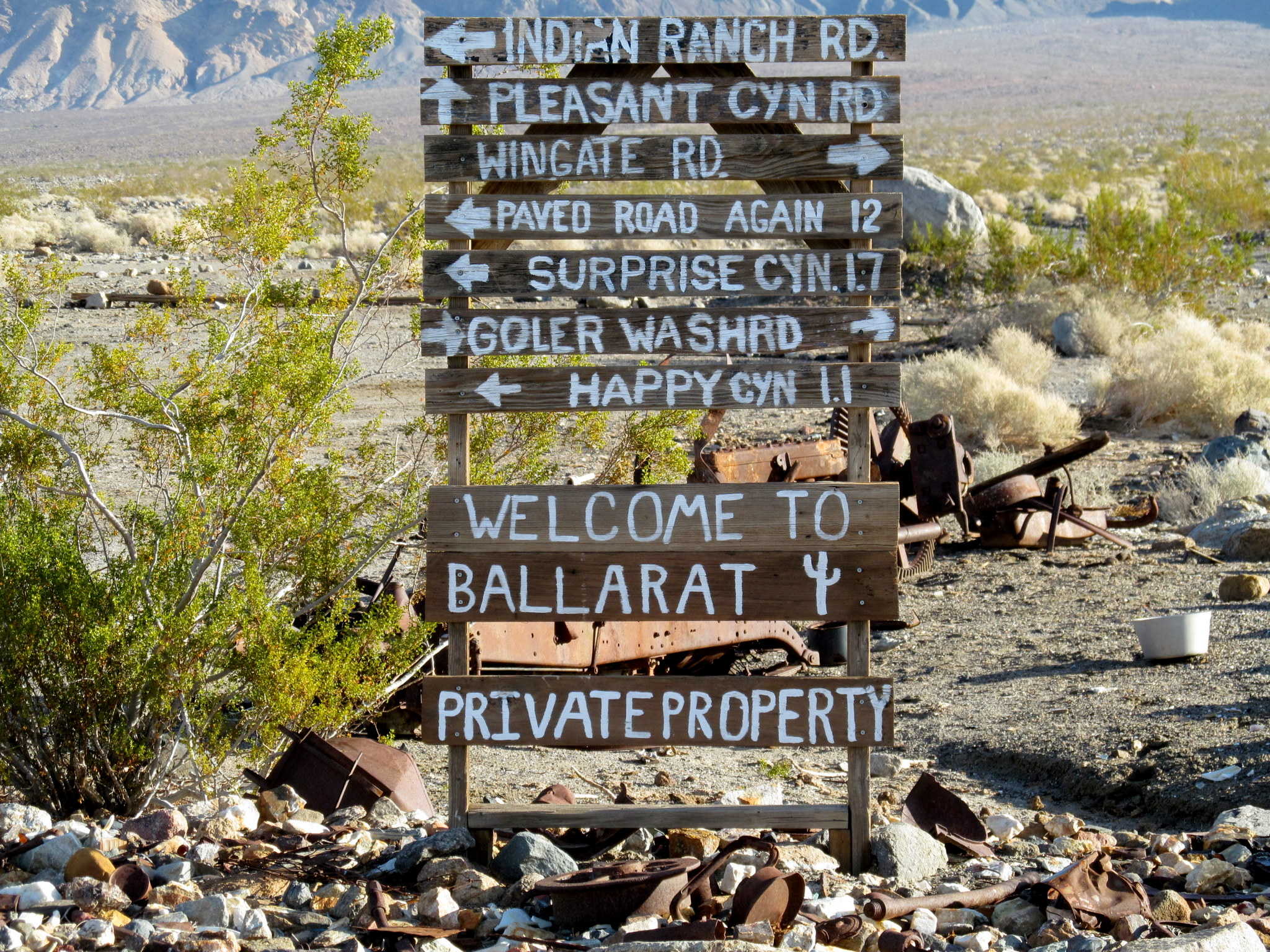 Photo: Signage in Ballarat