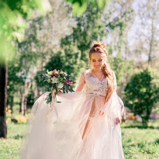 Wedding photographer Elvira Maksimova (Elvish). Photo of 15.06.2016