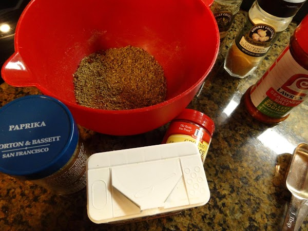 Mix sage, paprika, seasoned salt, garlic powder, pepper, and nutmeg in a small bowl.